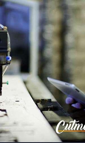 Manutenção de máquinas de corte a laser